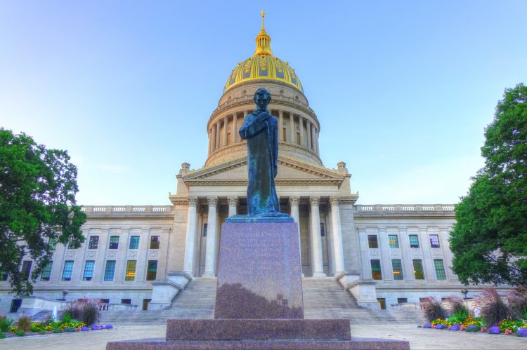 West Virginia Lawmakers Settle on Imperfect Budget, Delay Tax Debate for Next Session